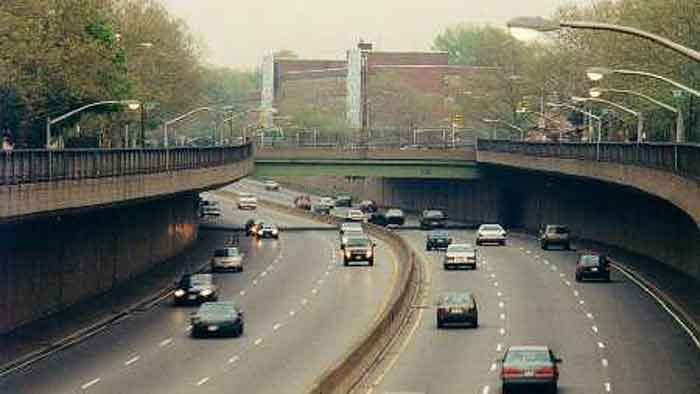 Grand Central Parkway East To 164th Street
